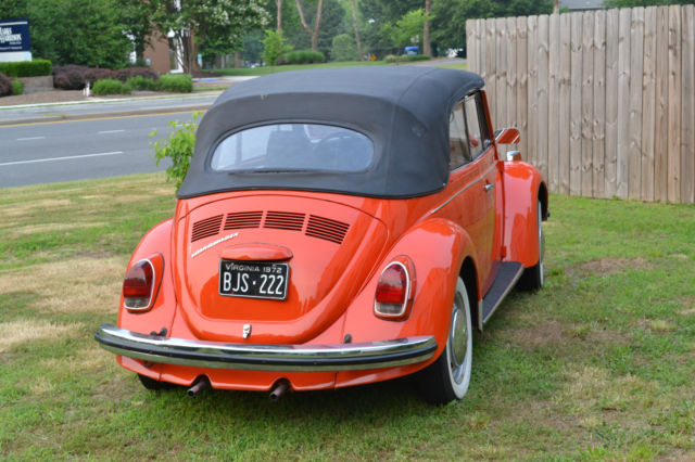 1972 Volkswagen Super Beetle Orange