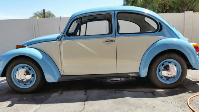 Volkswagen beetle classic xfgiventypexfieldstype vw beetle tutone very clean great driving car new tires new paint publicscrutiny Images
