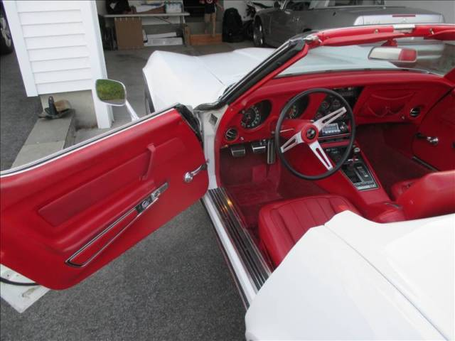 chevrolet corvette convertible 1969 white for sale 194679s09774 white exterior red vinyl. Black Bedroom Furniture Sets. Home Design Ideas